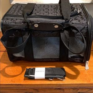 Sherpa small pet carrier